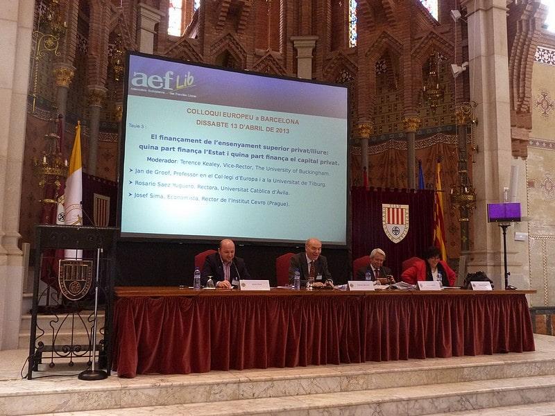 Colloque Société civile et enseignement supérieur privé/associatif en Europe